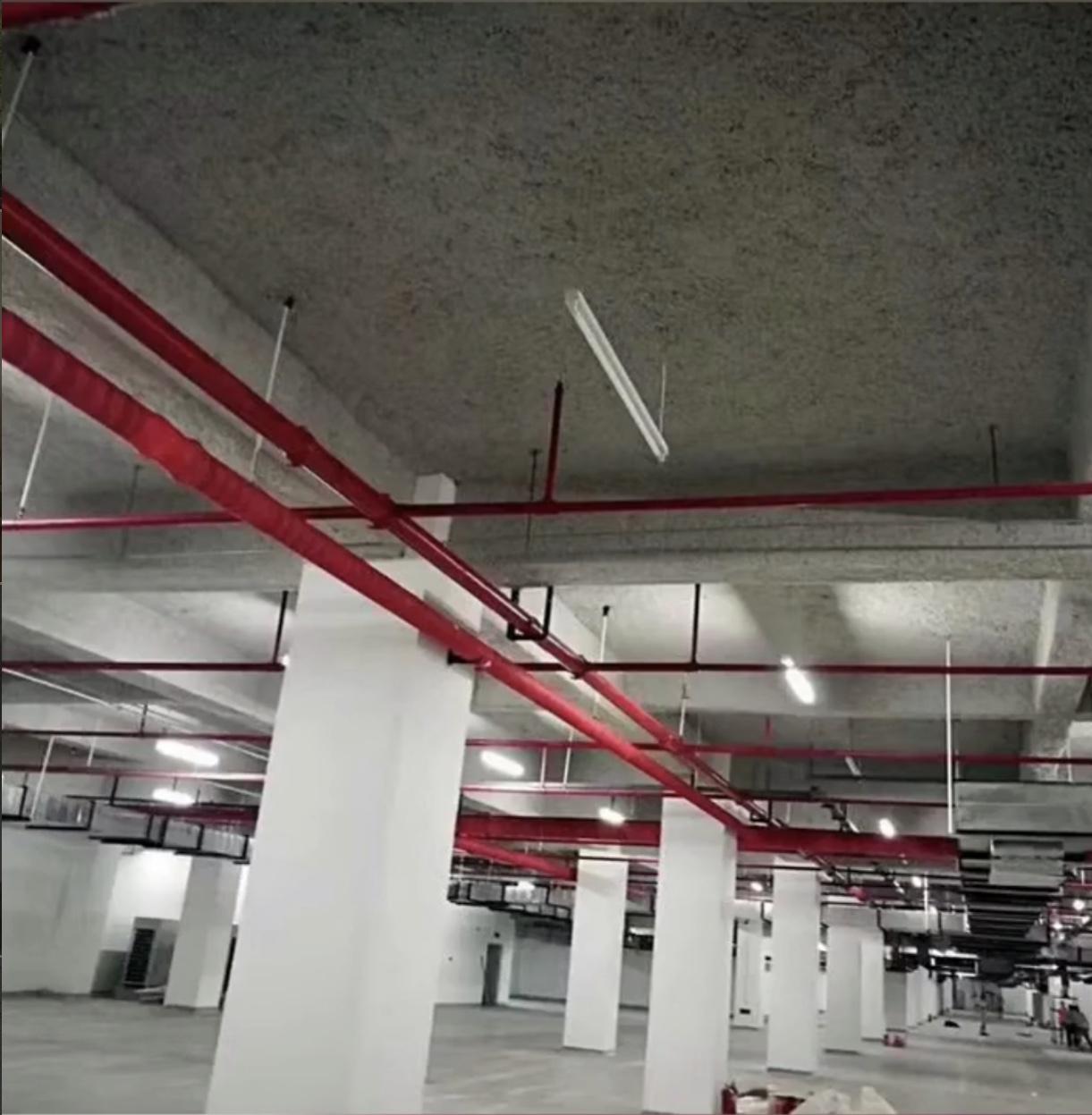 地下室顶板无机纤维喷涂效果